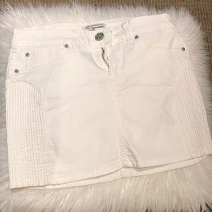 🌞Karl Lagerfeld mini denim skirt in white